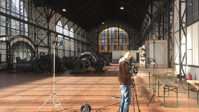 Bild: Aufbau für das Interview in der Maschinenhalle der Zeche Zollern